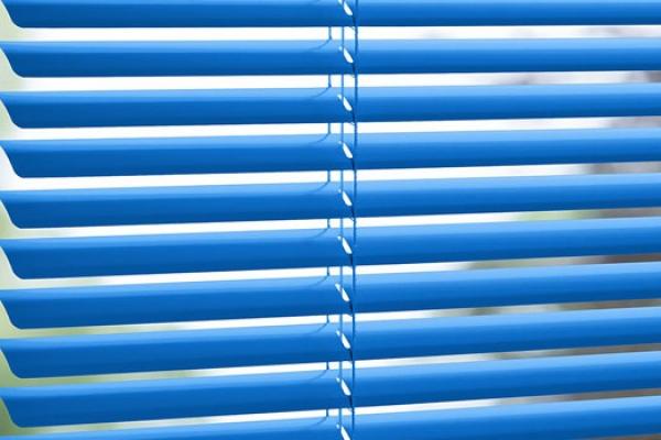 01-venetian-blinds4FBCF6BC-71AC-12CB-4CB5-863544BB241E.jpg