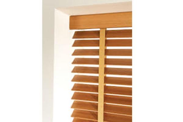 04-wooden-blinds6B74CC2F-8186-7CD6-4C7A-50AFF8AE8EFA.jpg