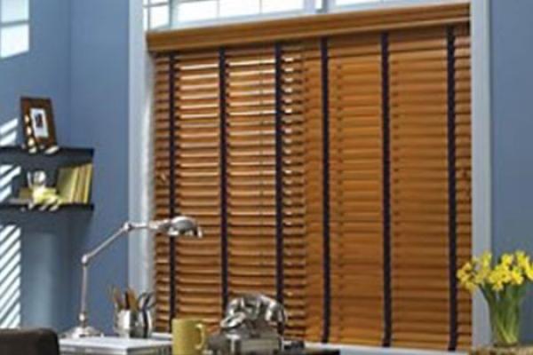 05-wooden-blindsE63317C6-4A75-FF45-28D7-925612D971DF.jpg