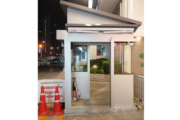 102-retractable-awnings109DED5D-2704-B11F-5F61-B5AB43CE5075.jpg