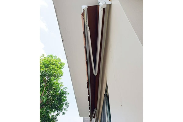 141-retractable-awnings69F73C16-C9A6-C6F6-65AA-A5F4FD1D3641.jpg
