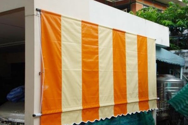 03-normal-drop-awnings5475A7BE-1A2F-582F-A483-06F24F83C16E.jpg