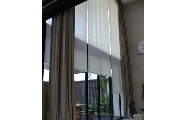 04-roller-blinds-manual9BC0034C-B102-B8C2-DA2E-7F0F1A444517.jpg