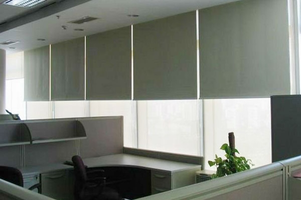 15-roller-blinds-manualDAFF3C21-078F-F90C-82CD-FCF468935064.jpg